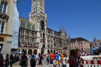Glokenspiel, Munich