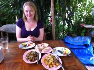 Burmese food at Bordeline cafe