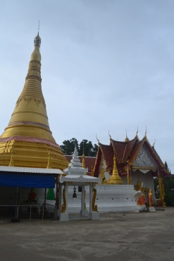 mae sot temple